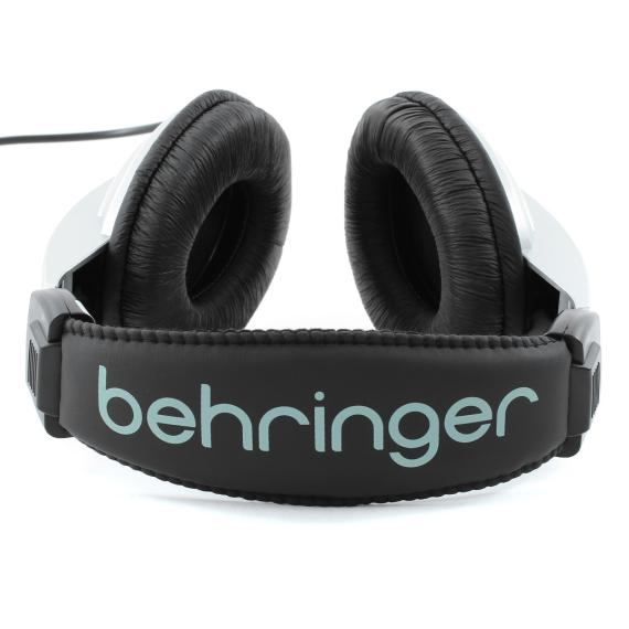 Behringer_HPM1000_03